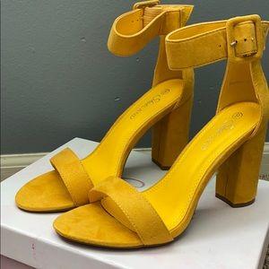 Herstyle Rumors Fashion Chunky Heel Sandal (NIB)